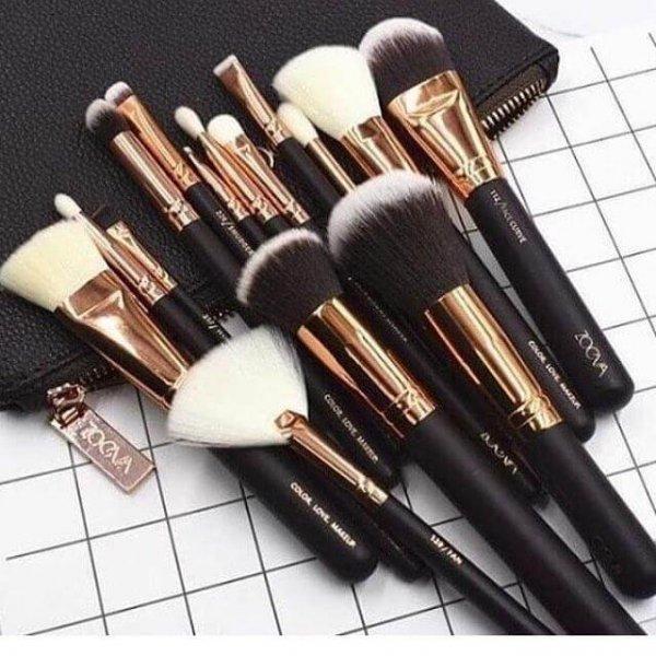 zoeva face brush set of 15 with bag in pakistan sanwarna.pk