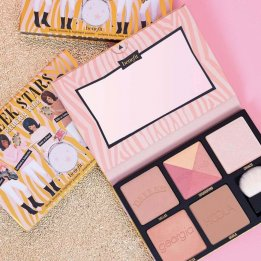 benefit cheek stars reunion tour palette in pakistan sanwarna.pk
