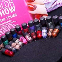 maybelline color show nail polish glitter in pakistan sanwarna.pk