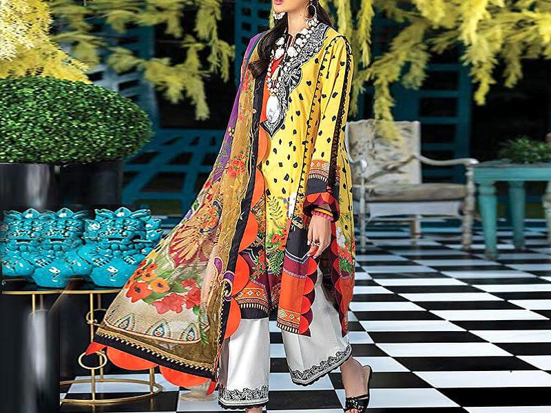 Heavy Embroidered Lawn Dress with Chiffon Dupatta Price in pakistan sanwarna.pk