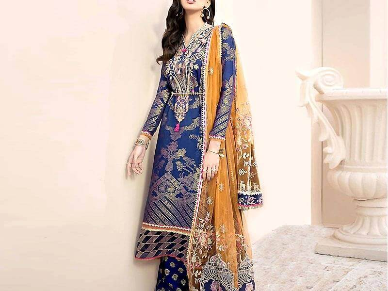 Embroidered Lawn Dress With Lawn Dupatta in pakistan sanwarna.pk