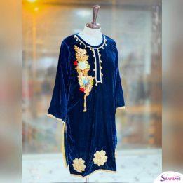 Blue Velvet Kurti Design 2021 sanwarna.pk
